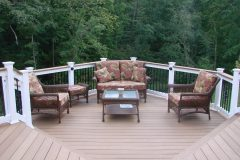 Trex Deck with black aluminum balusters